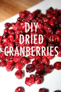 Make your own dried cranberries. Less sugar than store bought! Candied Fruit, Cranberry Recipes, Fruit Dishes, Dried Cranberries, Creative Food, Kitchen Tips, Truffles, Candies, Hue