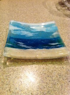 Glass art Videos Modern - Layered Glass art Design - - Glass art Projects For Kids - Contemporary Glass art Ceramic Pottery - Fused Glass art Sculpture Broken Glass Art, Shattered Glass, Sea Glass Art, Stained Glass Art, Glass Beach, Fused Glass Plates, Glass Bowls, Glass Dishes, Glass Fusion Ideas