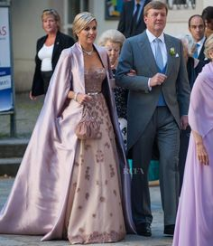 Queen Máxima of The Netherlands - Jan Taminiau Couture - Juan Zorreguieta and Andrea Wolf's Wedding - Red Carpet Fashion Awards