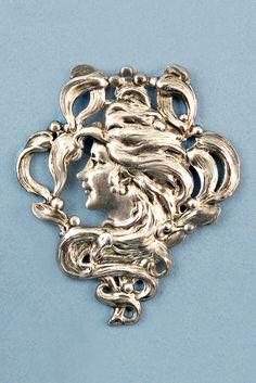 Antique Silver Art Nouveau Button