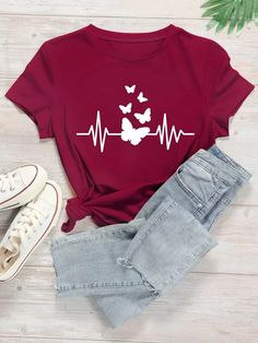 Shirts For Girls, T Shirts With Sayings, Printed Shirts, Tee Shirts, Cute Shirt Designs, T Shirt Painting, Shirt Print Design, Latest T Shirt, Butterfly Print