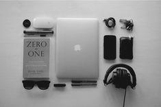 Free Image on Pixabay - Apple, Macbook, Laptop, Computer Aurora Borealis, Affiliate Marketing, Online Marketing, Travel Backpack Carry On, Backpack Purse, Make Money Online, How To Make Money, Travel Bag Essentials, Travel Tips