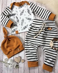 c9115b1b5 Love this free pattern! This baby onepiece is so fun to sew. You ...
