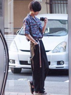タックインコーデ げちで尊敬してるやすだちひろさんのCHIROYASUDAのワイドパンツ履