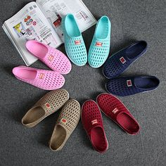 Big Size Breathable Hollow Out Pure Color Soft Sole Flat Beach Sandals