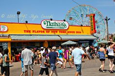 NYC, Style and a little Cannoli: Coney Island with A Slice of Brooklyn Bus Tours