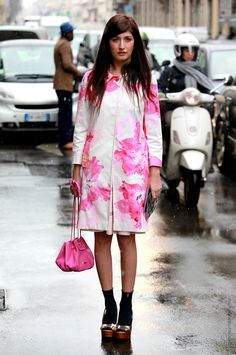 Valentina Siragusa lovely in a floral printed jacket #StreetStyle