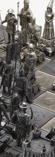 Battle of BannockBurn Luxury Chess Set