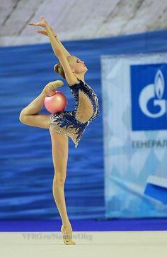 Alina ERMOLOVA (RUS) Ball