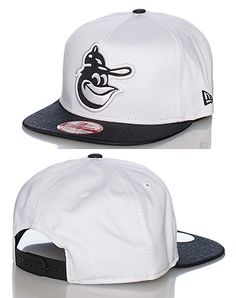 NEW ERA Hockey snapback cap Adjustable strap on back of hat for ultimate  comfort Embroidered team lo. 9e3fcc8c1fc