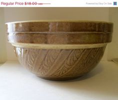 SALE Vintage USA Pottery Mixing Bowl Great Design.