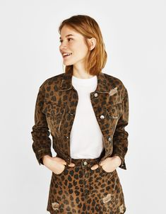 efed43b68a Leopard-print jacket to match with it s skirt or to mix with something  else. Bershka OutfitLeopard Print ...
