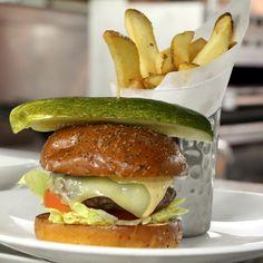 I like mine with lettuce & tomato, big kosher pickle and deep fried potato! #NationalCheeseburgerDay http://bytheblueseasantamonica.com/restaurants-terrazza.html