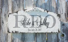 Custom Established Sign  Personalized Family Established Sign Wooden Family Name Sign, Family Name Signs, Vintage Wedding Signs, Shabby Chic Signs, Last Name Signs, Shabby Cottage, Established Family Signs, What Is Advertising, Floral Motif
