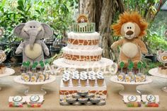 safari 3 Baby Shower Cakes, Baby Shower Treats, Baby Boy Shower, Baby Showers, Baby Decor, Baby Shower Decorations, Jungle Diaper Cakes, Baby Boy Themes, Gender Party