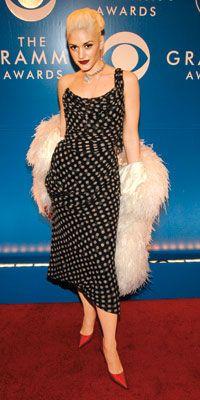 Gwen Stefani in Vivienne Westwood, 2003 Grammys