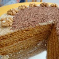 Medovník with rolled layers Cake Recipes, Dessert Recipes, Desserts, Mexican Food Recipes, Ethnic Recipes, Honey Cake, Gingerbread Cake, Christmas Sweets, Russian Recipes