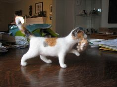 Needle Felted Cat with Kitten @Cindy Little  No pattern...