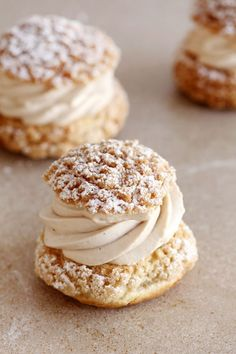 Almond, Chocolate and Coffee Cream Puffs eclairs Profiteroles, Eclairs, Easy Carrot Cake, Carrot Cake Cookies, Pastry Recipes, Cookie Recipes, Dessert Recipes, Dinner Recipes, Chocolate Coffee