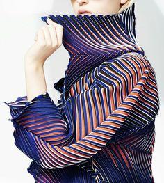 Issey Miyake Pre Fall 2016 Textile folding detail