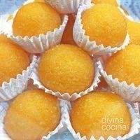 Estas yemas de naranja son fáciles de preparar y resultan muy frescas y aromáticas. Con la misma receta puedes preparar yemas de limón.