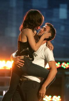 21 Reasons Ryan Gosling And Rachel McAdams Need To Get Back Together (via BuzzFeed)