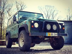 Now that spring is here she might actually stay clean. Not looking bad for 17 years and 265000km! #tirsbaektv #landrover #landroverdefender #defender90 #belizegreen #td5 #spring #sunny #vejle #tirsbæk by liamstevenson22 Now that spring is here she might actually stay clean. Not looking bad for 17 years and 265000km! #tirsbaektv #landrover #landroverdefender #defender90 #belizegreen #td5 #spring #sunny #vejle #tirsbæk