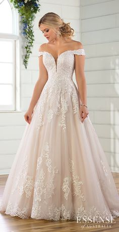 Wedding Dress by Essense of Australia - Search our photo gallery for pictures of wedding dresses by Essense of Australia. Find the perfect dress with recent Essense of Australia photos. How To Dress For A Wedding, Wedding Dresses Plus Size, Plus Size Wedding, Dream Wedding Dresses, Wedding Gowns, Prom Dresses, Lace Wedding Dress Ballgown, Sleeveless Wedding Dresses, A Line Wedding Dress With Sleeves