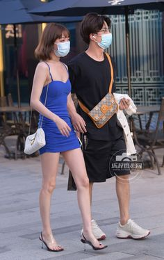 Street Styles, Dresses, Fashion, Vestidos, Moda, Fashion Styles, Street Style, Dress, Fashion Illustrations