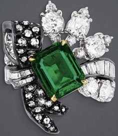 """""""Salon de Diane"""" ring in white gold, scorched silver, pink and yellow gold, diamonds and emerald. Emerald Jewelry, High Jewelry, Luxury Jewelry, Stone Jewelry, Pendant Jewelry, Antique Jewelry, Vintage Jewelry, Dior Ring, Diamond Are A Girls Best Friend"""