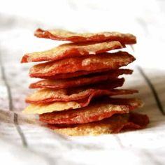 Low-Carb-Rezept für Salami-Käse-Chips