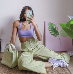Fashion Tips 2019 .Fashion Tips 2019 Lila Outfits, Cute Casual Outfits, Mode Outfits, Retro Outfits, Vintage Outfits, Fashion Outfits, Purple Outfits, Best Outfits, Colored Pants Outfits