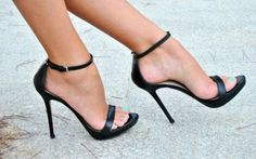 All heels report to my closet immediately (24 photos)