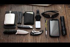 Everyday carry (EDC)