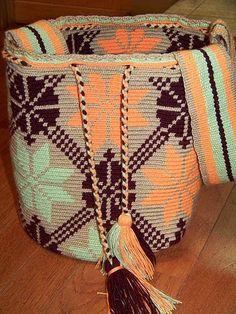 CAYOART: Crochet (ganchillo) en la versión de las mujeres wayúu