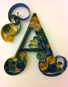 And even more quilling! Paper Quilling Tutorial, Quilled Paper Art, Quilling Paper Craft, Neli Quilling, Origami And Quilling, Quilling Cards, Quilling Letters, Paper Letters, Toilet Paper Roll Crafts