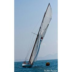 #buenasnoches #goodnight #barco #navegar #sailboat #sail #sailing #regata #race by f1facil