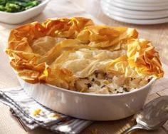 Chicken and leek pie with filo recipe by Simon Rimmer Chicken And Leek Pie, How To Cook Chicken, Chicken Ham, Strudel, Empanadas, Pastry Recipes, Cooking Recipes, Cooking Corn, Meal Recipes