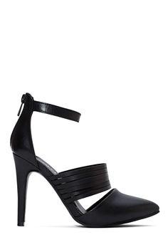 Great black heel.