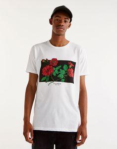 Rose print T-shirt - New - Man - PULL&BEAR Czech Republic