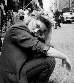 """Léa Seydoux & Michael Pitt """"Act Naturally,"""" Look Hot For Rag & Bone"""