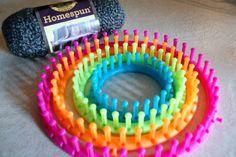 Cowl: Simple Beginner's Loom Knit Tutorial