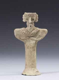 Bearded Figurine with Necklace syria 2400-2000 BC