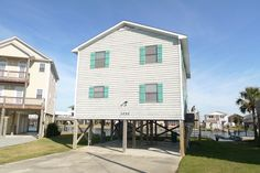 Check out these properties I just put #UnderContract       Contact #TreasureSales to see what's still #forsale on #TopsailIsland.