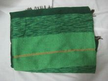 Atractivo marroquíes se alzaba la mano sabra de cactus de seda y de chenilla manta del tiro en cal& profundo verde colores 280 cm x 180 cm