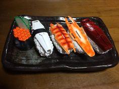寿司ールドです(o^^o) #ガンプラはどんな自由な発想で作ってもいいんだ pic.twitter.com/BRFGAcVaYA
