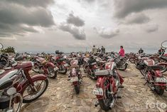 Jawa heaven Jawa 350, How To Be Likeable, Cool Bikes, Cars And Motorcycles, Heaven, Vehicles, Painting, Tools, Motorbikes