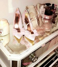 Image discovered by ♡ Princess Diana ♡. Find images and videos on We Heart It - the app to get lost in what you love. Classy Aesthetic, Pink Aesthetic, Pink Wardrobe, Just Girly Things, Girly Stuff, Chanel Makeup, Princess Aesthetic, Glass Slipper, Everything Pink