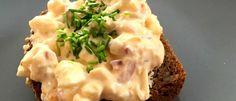 Recept: dietní vajíčková pomazánka Mashed Potatoes, Ethnic Recipes, Food, Whipped Potatoes, Smash Potatoes, Essen, Meals, Yemek, Eten