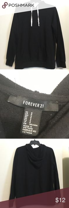 MAKE AN OFFERForever 21 black sweater Size small but could definitely fit a medium. Cute and comfy Forever 21 Tops Sweatshirts & Hoodies